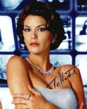 Teri Hatcher Autograph Signed Photo - Paris Carver